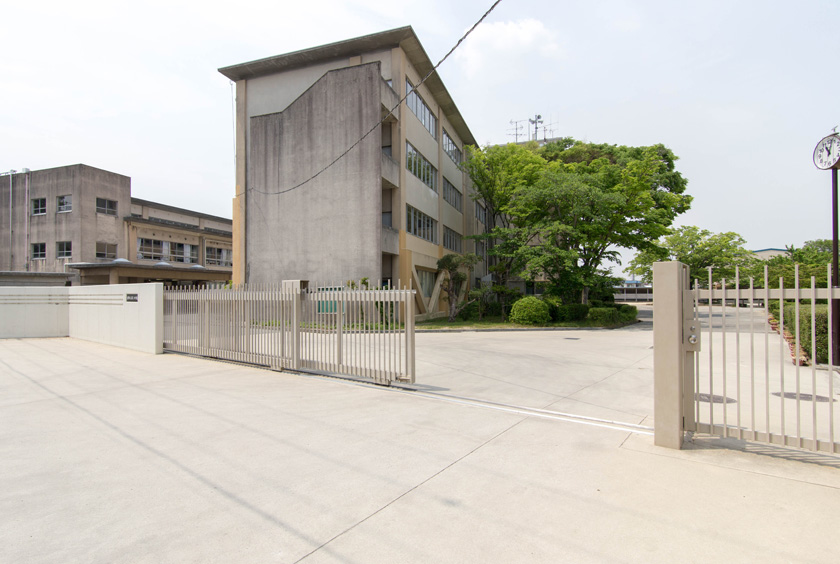 交野市立第三中学校